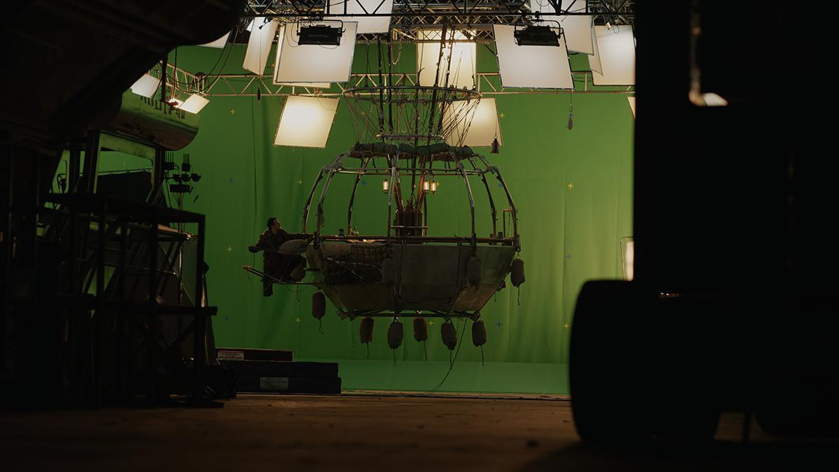 his dark materials green screen