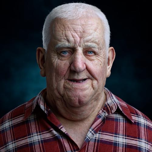 realistic portrait older man wrinkles 3d