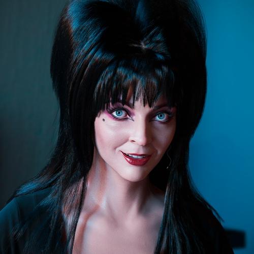 Elvira, Mistress of the Dark - Cassandra Peterson. realistic art