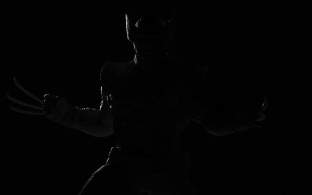 wolverine statue back lighting