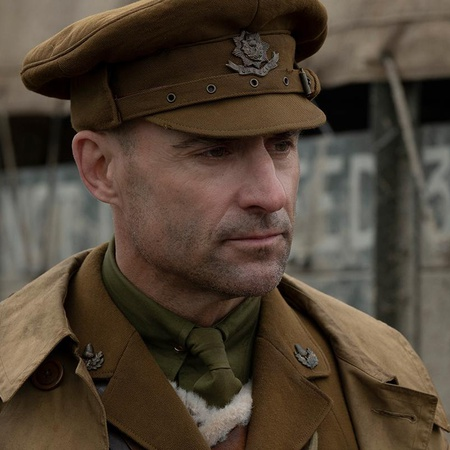 1917 soldier profile shot
