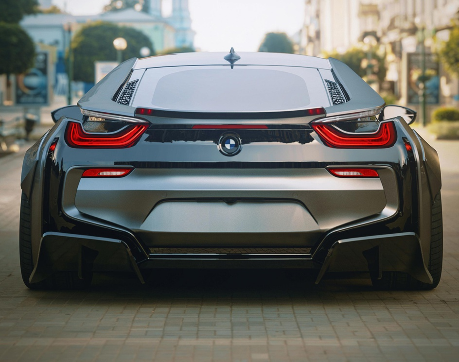 BMW i8 musclesby hamid gholizadeh