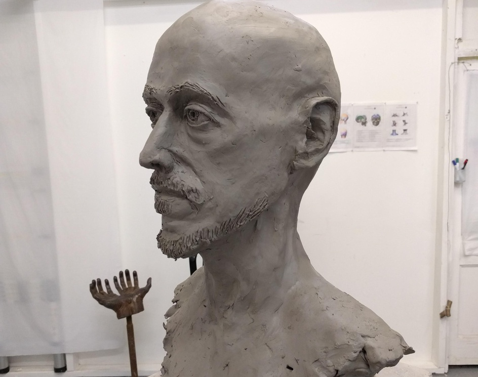First clay sculpt from lifeby Tom Greenway
